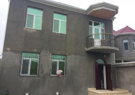 2 mərtəbəli həyət evi