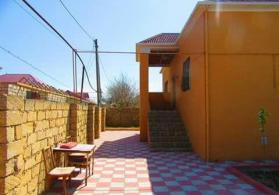 3 otaql, 121 kvm Tecili heyet evi satilir.