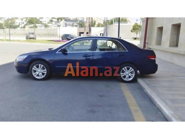 Honda Accord 2003 il