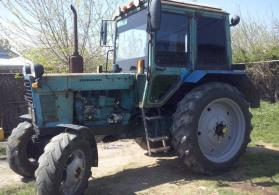 traktor MTZ 82