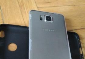 Samsung Galaxy Alpha...1 sim kartli 32 GB daxili yaddawli