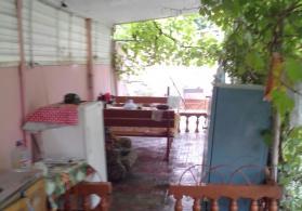 Nabranda Xezer istrahet merkeziden 10 m aralida bag evi
