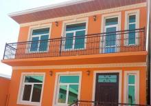 Xırdalan ş. 160 m2 olan 5 otaqlı əla təmirli həyət evi