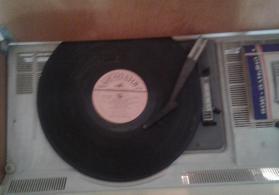Sirius 309 radio ili 1975