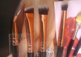 cosmetik firçalar