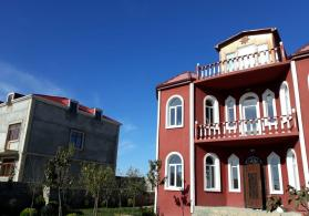 Mərdəkanda 6 otaqlı ev