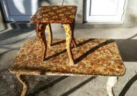 Jurnalni stol ve balaca oturacaq