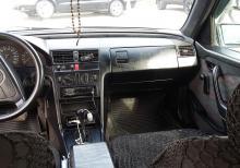 Mercedes C180 Nəğd və ya Kredit