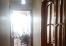 Genclik metrosu yaxinliginda 3 otaqli das binada menzil satilir