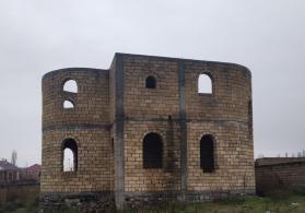 Şəkidə həyət evi