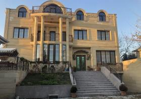 Beyleqan şeheri super temirli dörd mertebeli villa