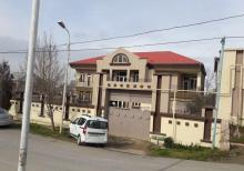 Qaraçuxurda villa