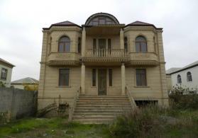 8 otaqlı villa 600 kv.m. (çıxarışlı) satılır!