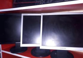 SuncMaster 720N Monitor