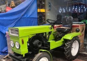 Mini traktorlar