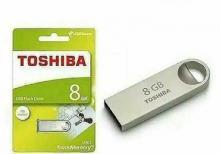 TOSHİBA 8 gb
