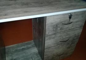 Manikur stolu
