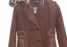 Gencede 42 razmer ela veziyyetde palto