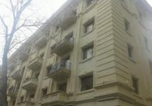 310 məktəbin yanında ev