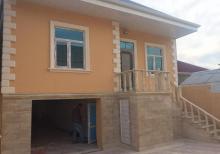 Binəqədi qəsəbəsində 3 otaqlı 110м² tam təmirli həyət evi