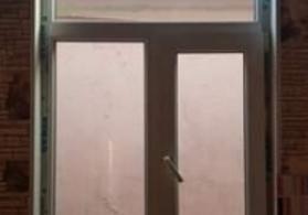 pəncərə 1 metrin 1.55 di iki ədəd di 3 ilindi türk malıdı