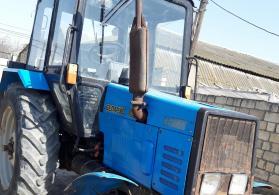 Traktor Belarus 892