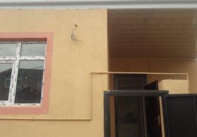 Xırdalan-da   2.otaq  h/evi  satışa  cıxdı