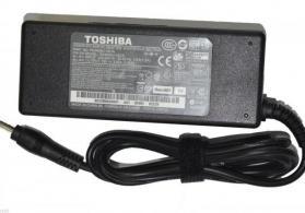 """Toshiba 4520"" noutbuk adapter"