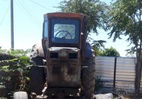 Traktor T40...