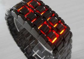 Qırmızı LED işıqlı Lava saat