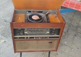 Kohnə Radio
