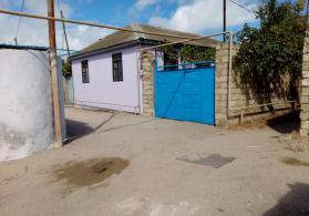 Pirallahi zire qesebesinde 5 otaqli heyet evi satilir