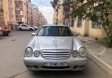 Mercedes-Benz E 280  2000ci-il  Benzin
