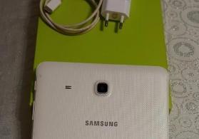 Samsung tab E satilir..hediyyelli