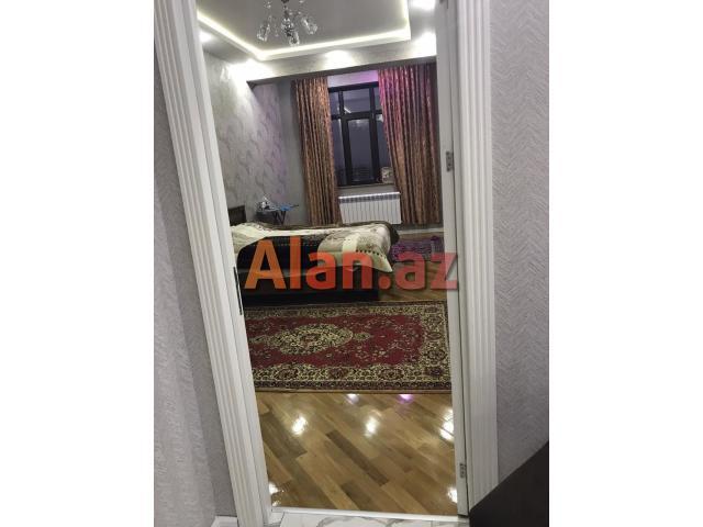 Nəsimi rayonu Asif Məhərrəmov küçəsi 16-8 m 3 otaq 95 kv