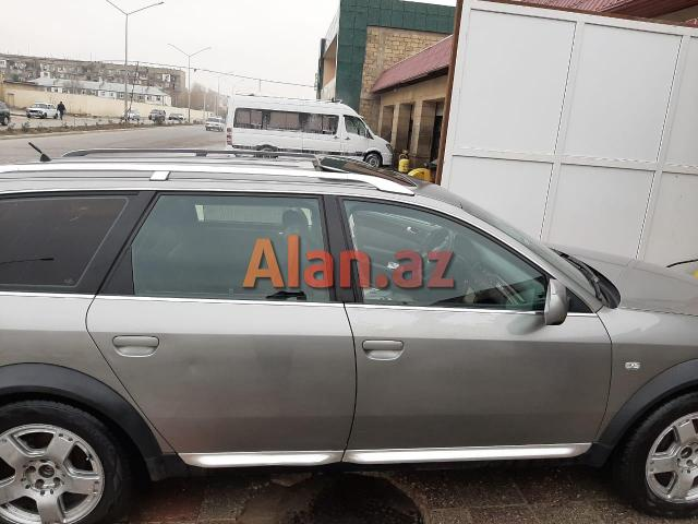 Audi Allroad martkalı avtomobil satılır