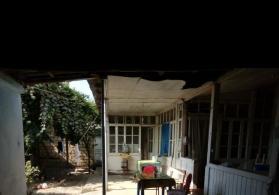 Göyçayda həyət evi satılır