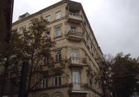 3 otaqlı ofis icarəyə verilir,Səbail rayonu