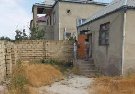 sumqayit seherinde ceyranbatan qesebesinde heyet evi satilir