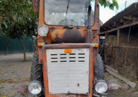 Traktor T25