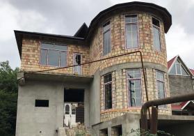 Quba rayonunda ev satilir