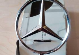 Mercedes emblemi