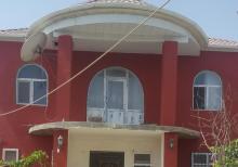 Abşeron rayonu mehdiabad qəsəbəsində ev satılır