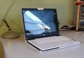 Xarab  işlənmiş Kompüter monitor ve Noutbuk Alişi