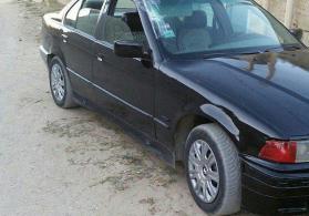 avtomobil BMW 318 1991 il