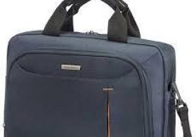 Ucuz noutbuk çantaları satılır