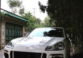 Porsche Cayenne Turbo 2008 il