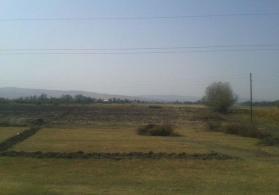 Qax rayonunda, Qıpçaq kəndində  3 hektar düzbucaqlı formada ərazidir.